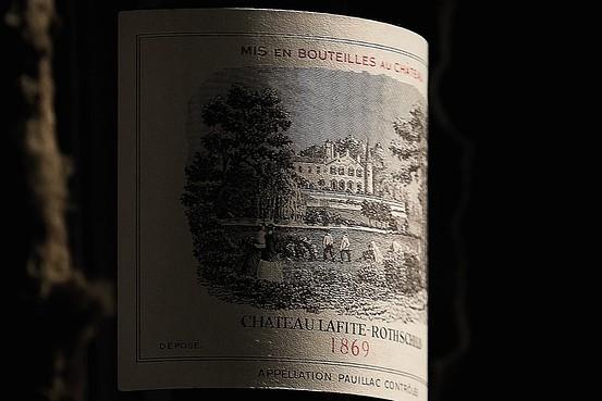 Chateau Lafite Rothschild 1869 được bán với giá 230.000 usd một chai