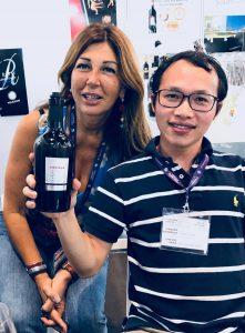 Giám đốc Marketing của Rượu Vang Nguyên Thịnh và Chủ tịch Angela Velenosi