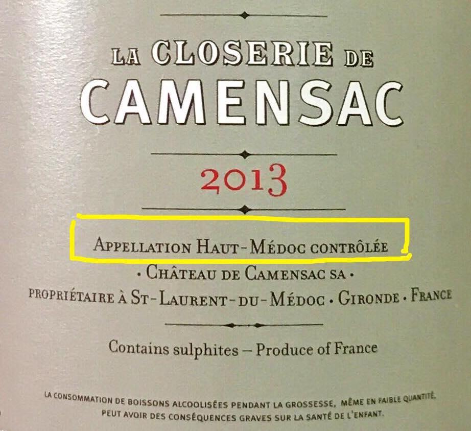 Một chai rượu vang Pháp thuộc phân loại AOC