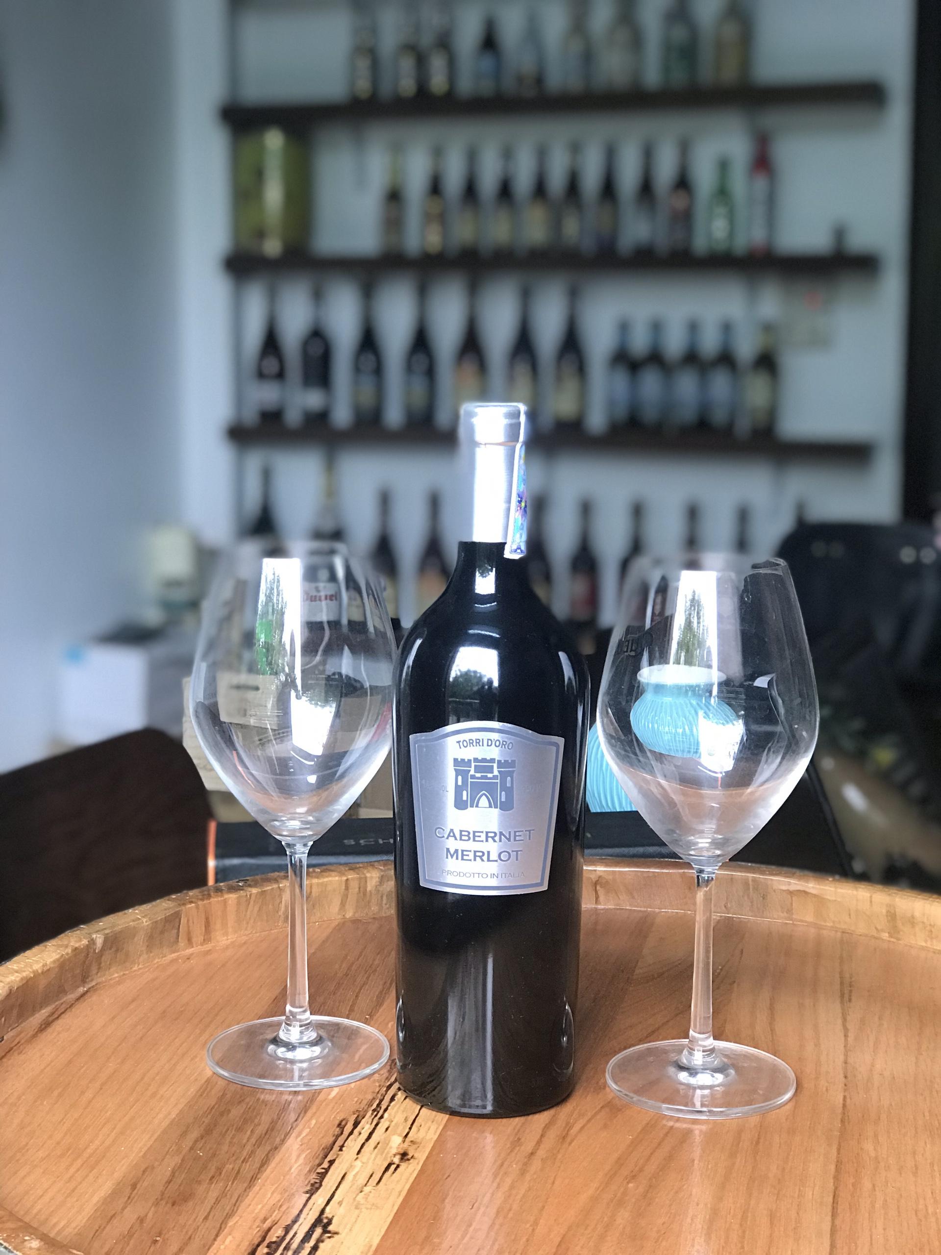 Vang Torri D'Oro Cabernet Merlot là một chai vang Ý cao cấp