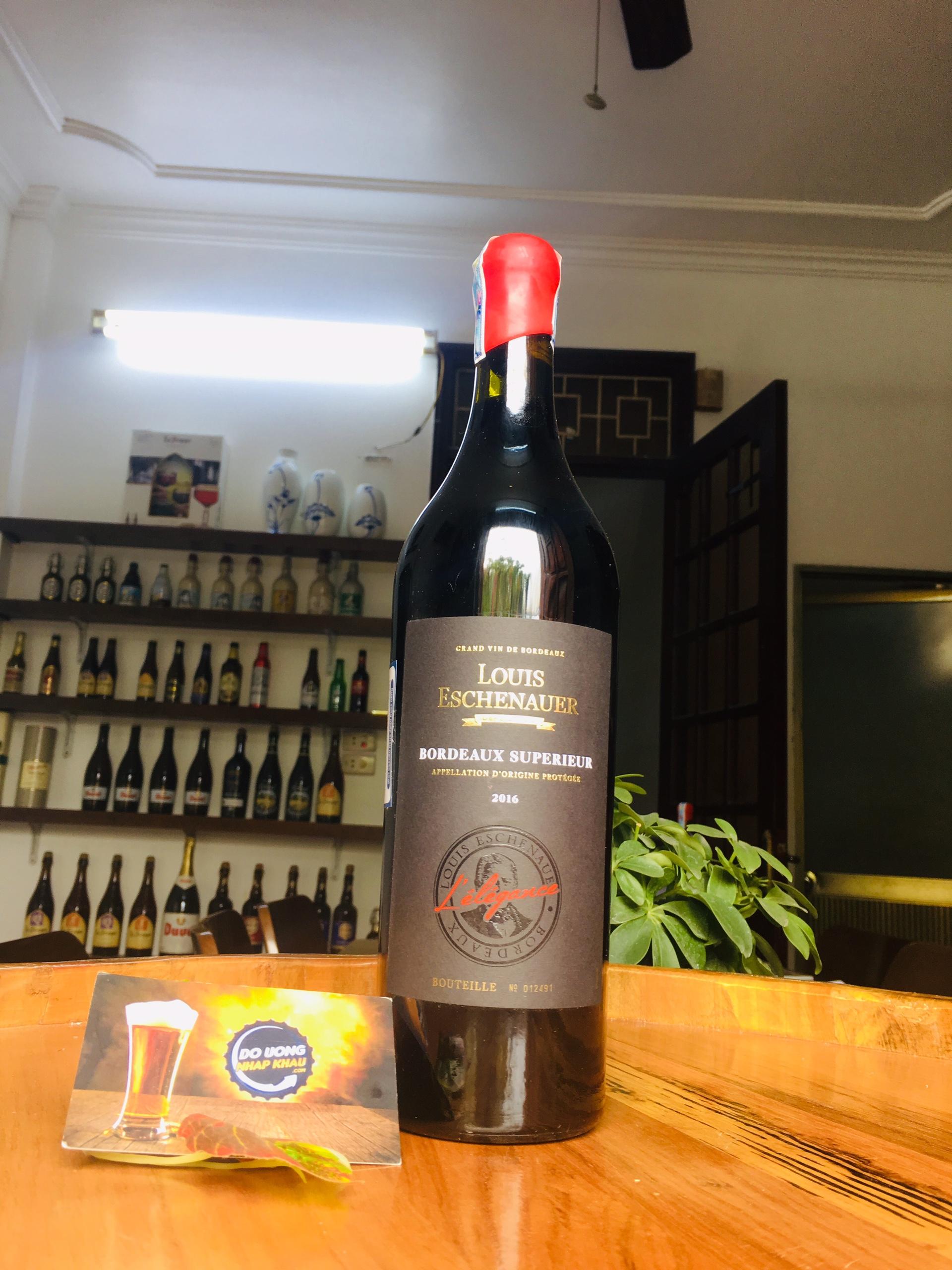 Vang Louis Eschenauer L'elegance là chai vang ngon vùng Bordeaux