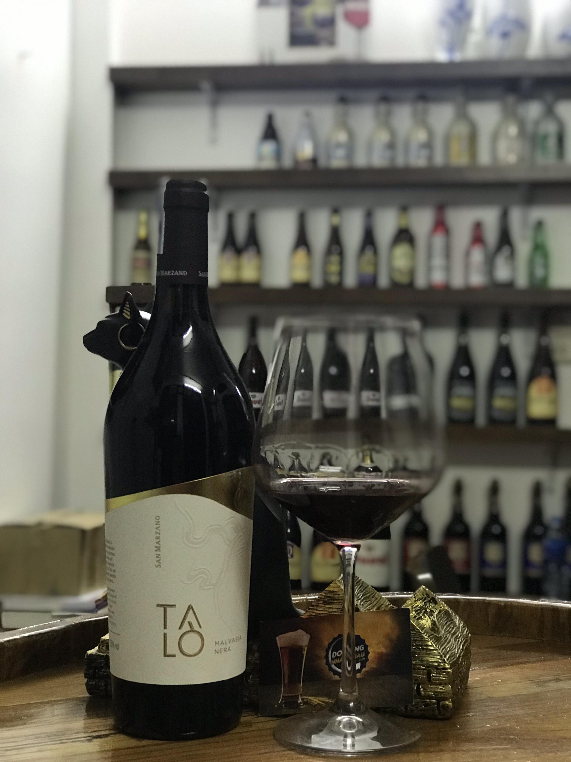 Vang Talo Malvasia Nera là một chai vang ngon của hãng San Marzano