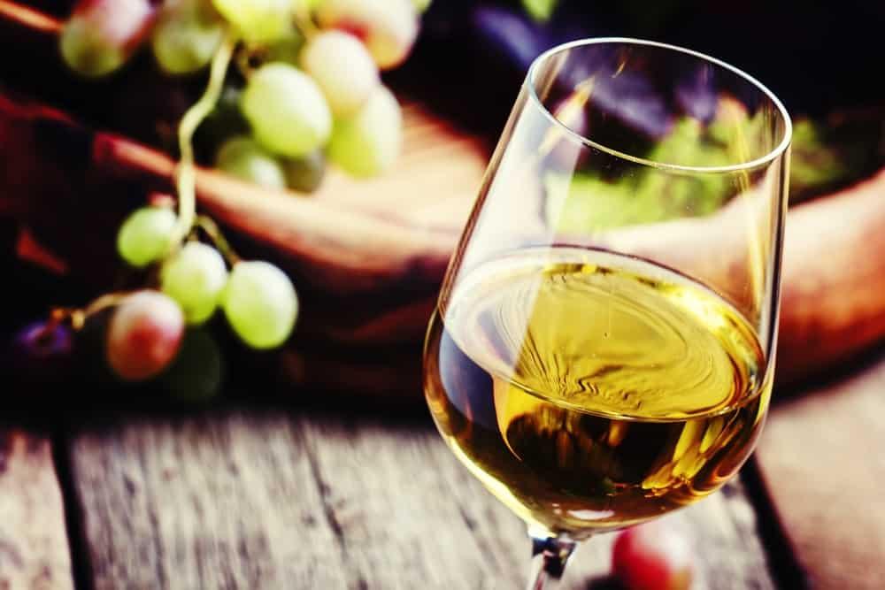 Rượu vang trắng đậm đặc